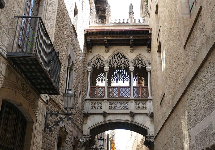 barcelona-spain-architecture-catalonia-historic-center-historically-2n3ry